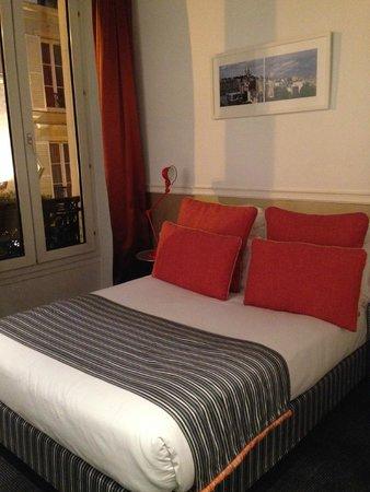 Hotel Monterosa - Astotel: Очень удобная кровать, с которой вставать не хочется)