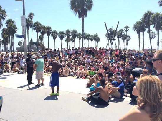 Venice Beach: Street entertainers