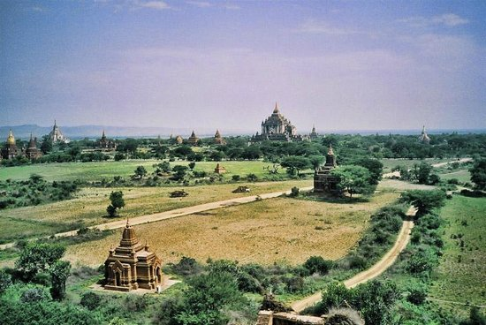 Temples de Bagan : Bagan in the area with all temples