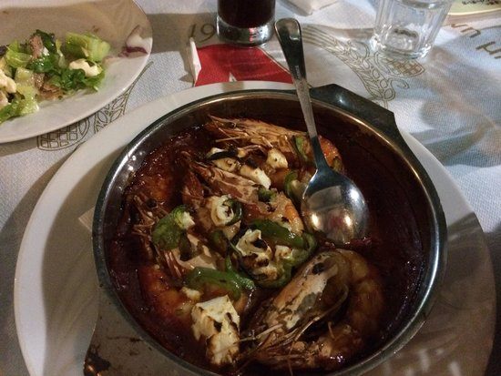 Byzantino : エビのトマト煮