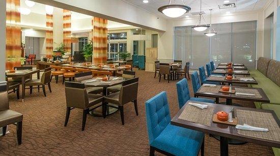 Hilton Garden Inn Tallahassee Central : Dining Area