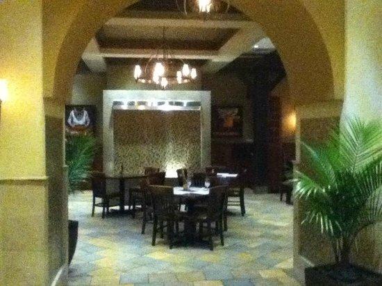 La Carreta : Inside the main entrance