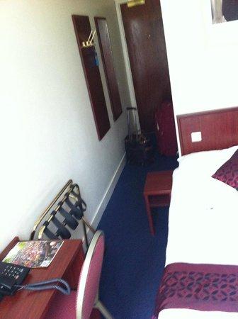 Alexander Hotel: habitación