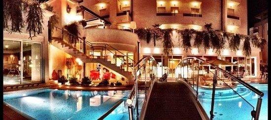 Hotel Belvedere: Fronte ingresso!