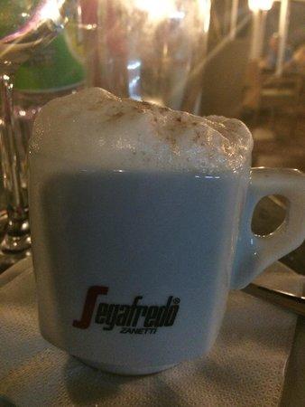 Julias: Good cappuccino too.