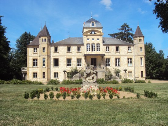 Chateau du Four de Vaux : l'extérieur