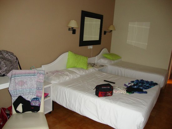 Hotel Spa La Terrassa : Habitación Triple