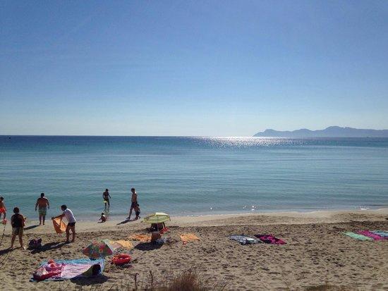 IBEROSTAR Playa de Muro: Vue depuis la plage de l hotel