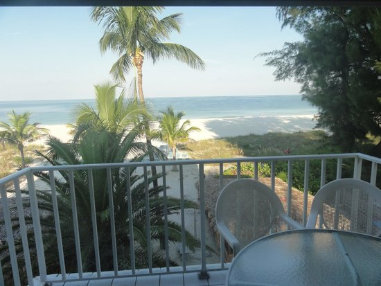 Cedar Cove Resort & Cottages: View from the suite