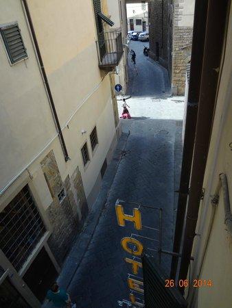 Hotel Santa Croce : Vista da janela