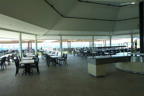 Club Calimera Serra Palace: Restauracja przy plaży