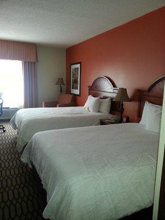 Hilton Garden Inn Birmingham / Lakeshore Drive: Great beds
