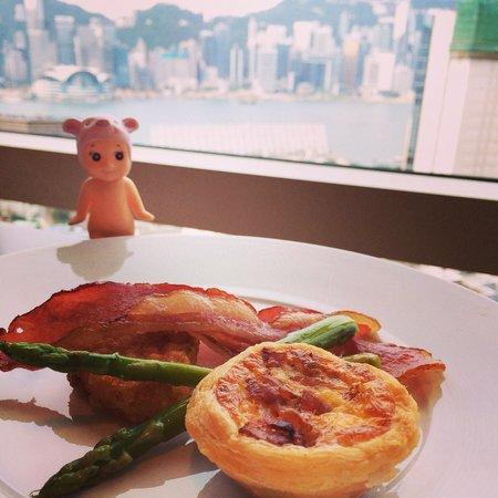 Hyatt Regency Hong Kong, Tsim Sha Tsui: Hot dish breakfast