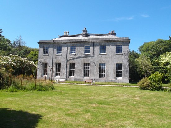 Penryn, UK: Enys Manor - Needs Repair