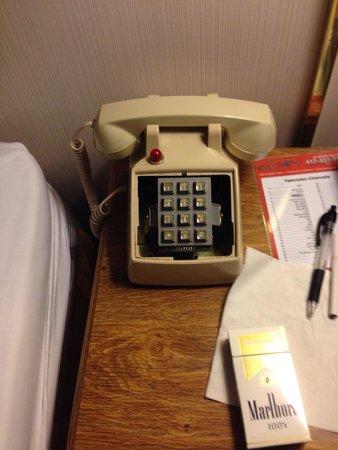 Branson Plantation Inn: Phone face plate missing.