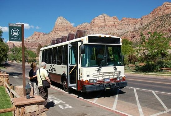 Zion Lodge: Free Public Park Shuttle