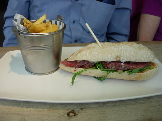 The Chilworth Arms: Salt beef sandwich