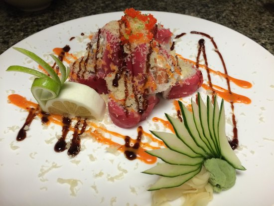 Toyo Japanese Sushi & Hibachi: Emily Roll done in style!