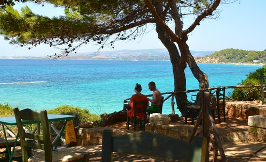 White Rocks Hotel & Bungalows: Beach cafe..beautiful to sit at lunch