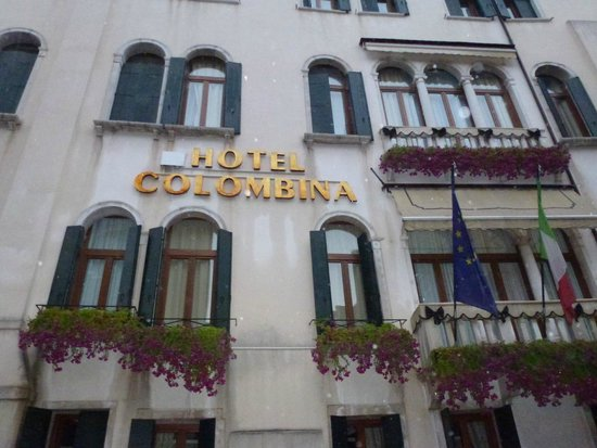 Hotel Colombina : Front of Hotel
