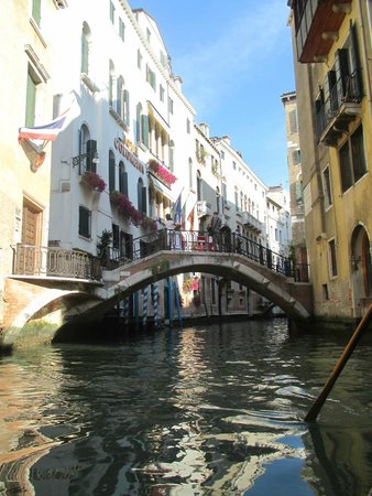 Hotel Colombina : Canal View