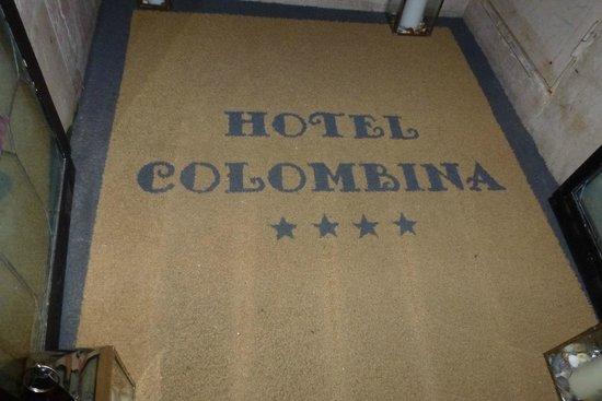Hotel Colombina : Entrance