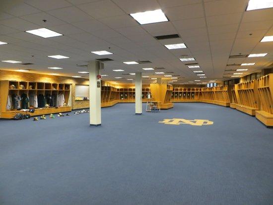 Notre Dame Stadium : Visite du vestiaires de joueurs