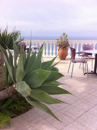 Hotel Residence Sciaron: Виды на море и горы