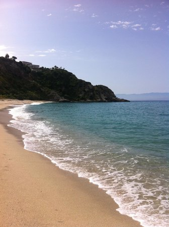 Hotel Residence Sciaron: У пляжа отеля
