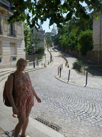 Sight Seeker's Delight Unique Walking Tours : Our beautiful tour guide Angela!