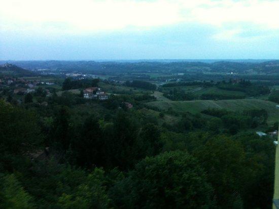 Mongardino, Italia: Vista dal terrazzino