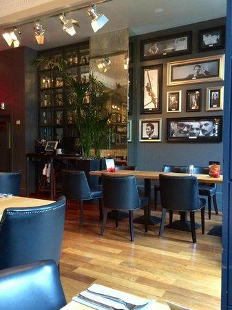 Angels Share Hotel: Restaurant