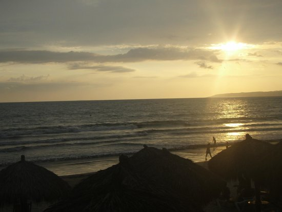 Marival Residences Luxury Resort: Beach