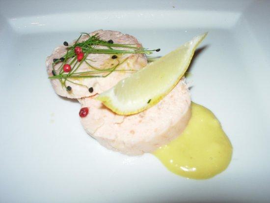 Berties Restaurant & Bar: Salmon Roulade