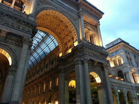Galleria Vittorio Emanuele II: Photo 2