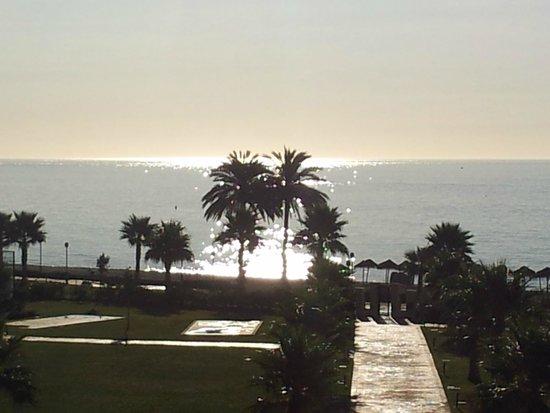 Hotel Fuerte Estepona: AMANECER