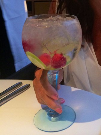 Oxo Tower Restaurant, Bar and Brasserie: gin cocktail.