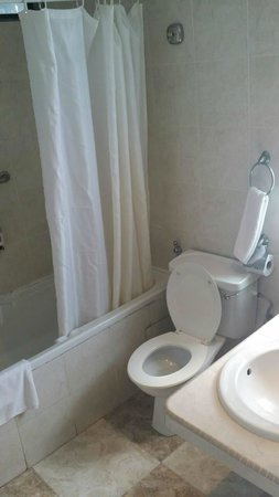 Aldy Hotel Stadthuys: ห้องน้ำ