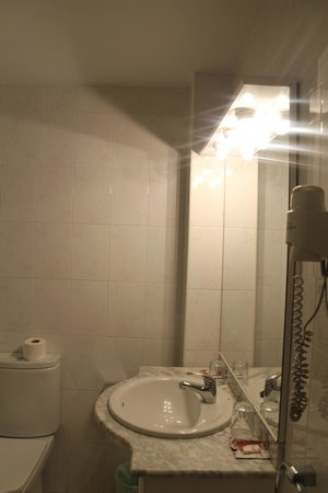Hotel Ridomar: salle de bain
