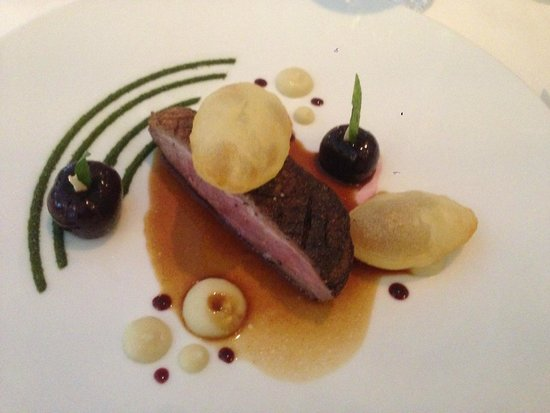Epicure: Duck from Challans with cherries and spices, onions puree w/ verbena, roast juice & puffed potat