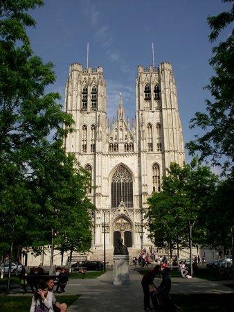 Cathédrale Saints-Michel-et-Gudule de Bruxelles : Vista da Catedral de Santa Gúdula.