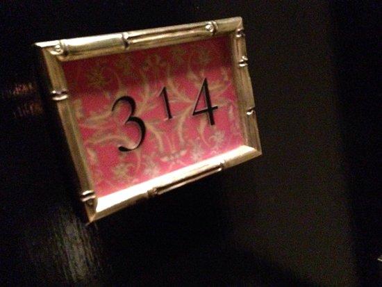 Hotel ZaZa Dallas: Room number display