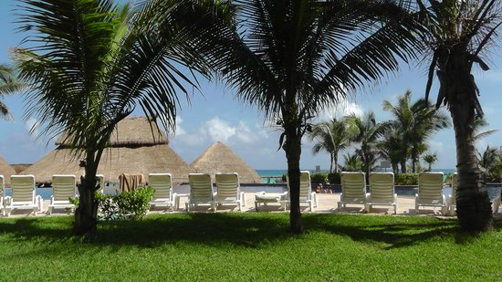 Fiesta Americana Condesa Cancun All Inclusive: Beautiful grounds