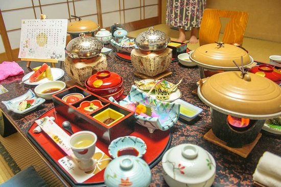 Gero Onsen Fugaku : An exquisite spread for dinner!