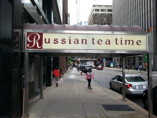 Russian Tea Time : Loop de Loop