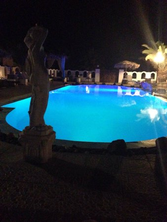 Pension Livadaros: La piscina dell'hotel