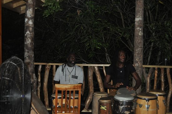 Zimbali's Mountain Cooking Studio : Soothing Drumming as we enjoyed our meal