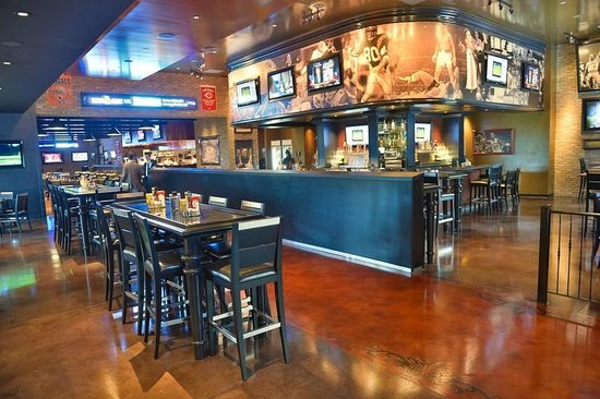 stadium sports bar grill picture of belterra casino resort rh tripadvisor co nz belterra casino buffet reviews belterra casino buffet prices