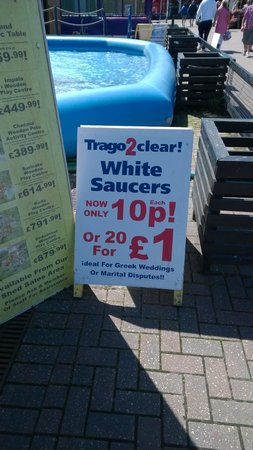 Trago Mills Family Shopping & Leisure Park: Top bargains at the clearance store...