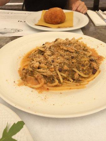 Antica Focacceria San Francesco: pâtes aux sardines et pignons
